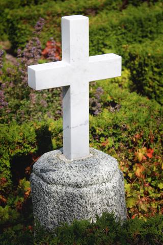 gravsteder 2