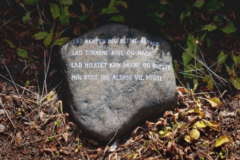 Tekst til gravsten